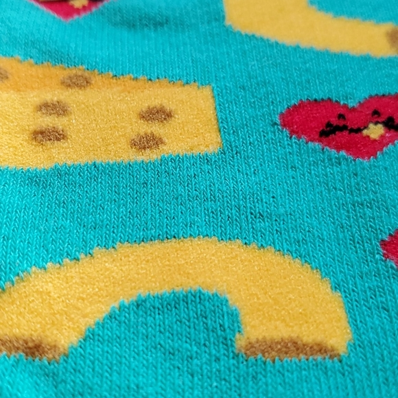 Mac & cheese love socks! Women's! Cute!